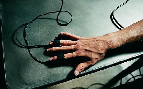 Les variations de la conductance cutanée permettent d'évaluer la réaction émotionnelle des sujets