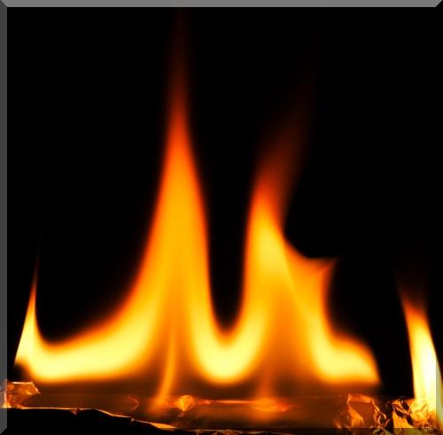 Le feu peut nous éclairer ou nous détruire