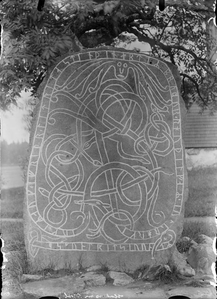 Des inscriptions dont la signification reste souvent mystérieuse