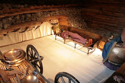 La chambre funéraire du tumulus était richement parée