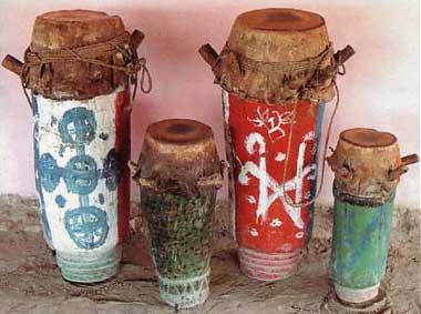 Les tambours sont les symboles du Vaudou