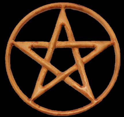 Le pentagramme est aussi appelé le pentacle