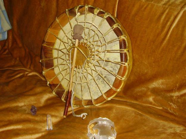 Le tambour chamanique permet de rythmer la Transe